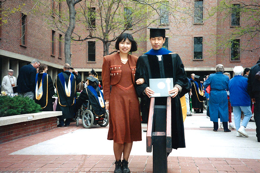 Those who remember reading about Zhu Shen, MBA '98, in this magazine in 2008-09 may recall a radiant, confident young woman talking about the potential for biotechnological cures for cancer. As founder and head of BioForesight, she linked investors with biotechnology opportunities in China. Much has happened in her life since then — some of it devastating, some life-changing. Zhu had met her husband, Changyou Chen, when she was a young woman studying medicine at Peking Union Medical College, a top-ranked medical college in Beijing, and he was in a doctoral program in molecular biology and genetics there. They married soon after coming to the United States in the 1990s to further their educations. Zhu earned a PhD in biochemistry at the University of Colorado Health Sciences Center, School of Medicine, in Denver, then her MBA at Johnson, while Changyou continued his research at the University of Colorado and Stanford University, seeking cures for cancer and becoming an established researcher in his field.