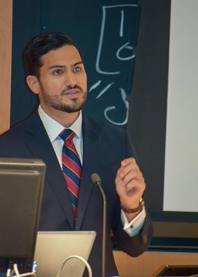 Matheus Costa, MBA '18, introduces Allan Filipowicz