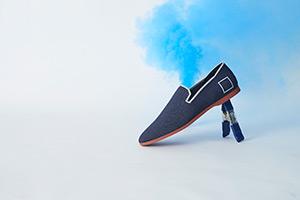 Glyph shoe