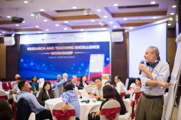 Douglas Stayman Presenting in Teaching Workshop