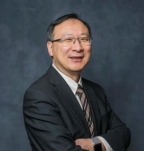Peng Liu Headshot