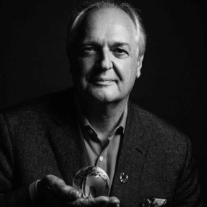 black and white headshot of Paul Polman