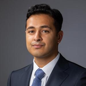 headshot of Faraan Khan