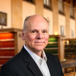 Prof. Max Pfeffer